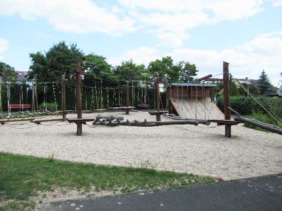Mehrgenerationen Spielplatz
